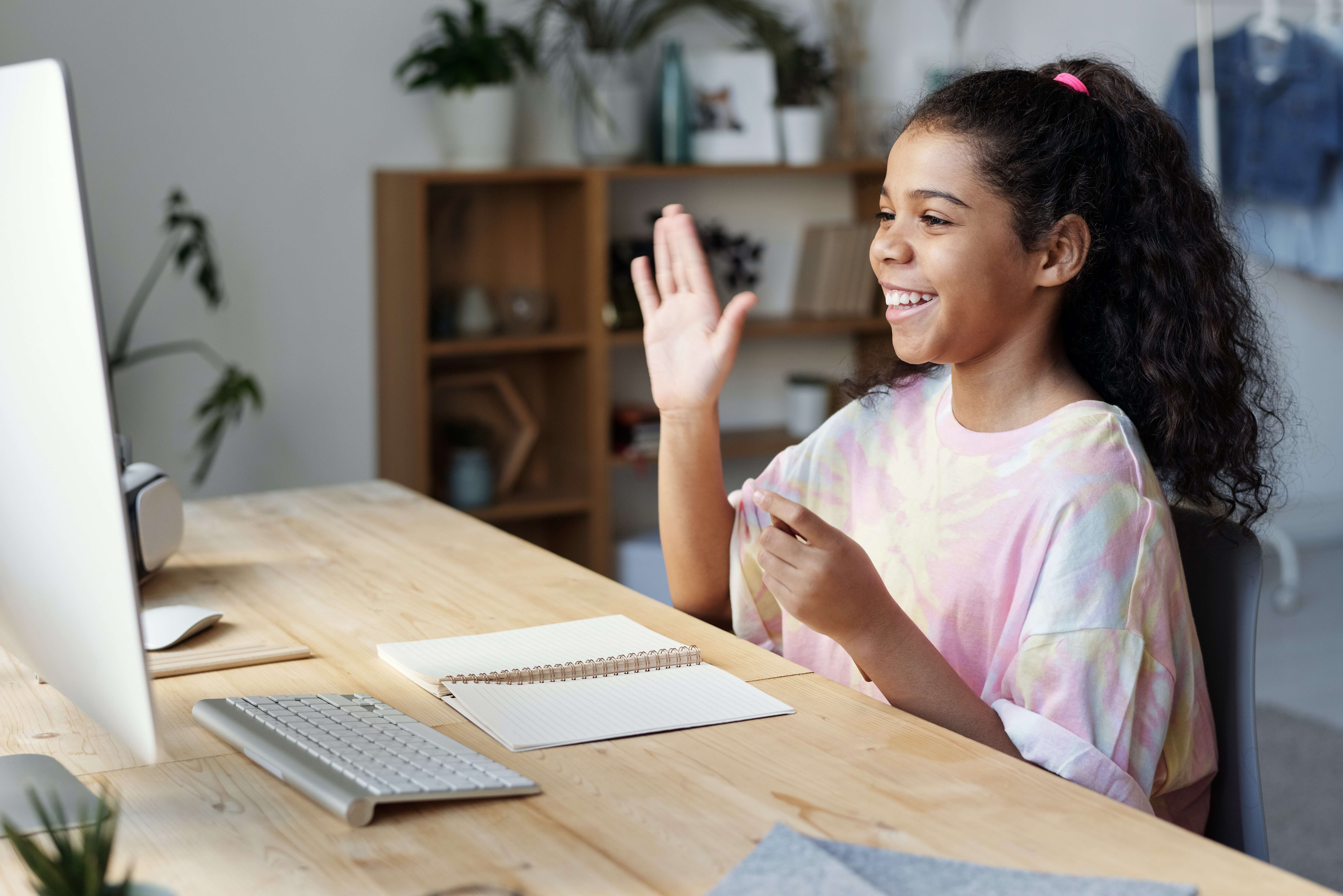 4 Myths About Online Extracurricular Learning Programs